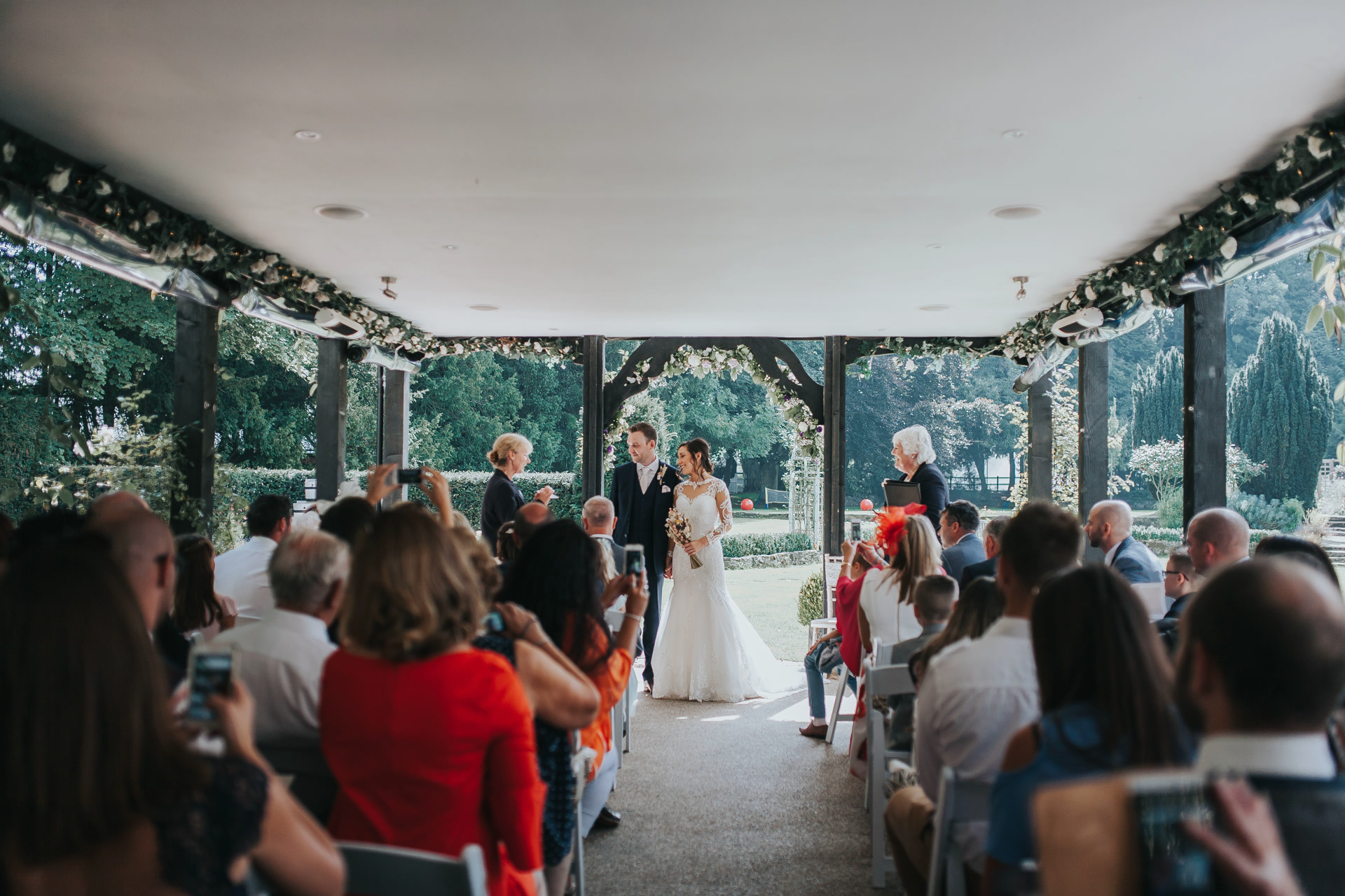 why have an unplugged wedding - ban camera mobile phones at wedding ceremony
