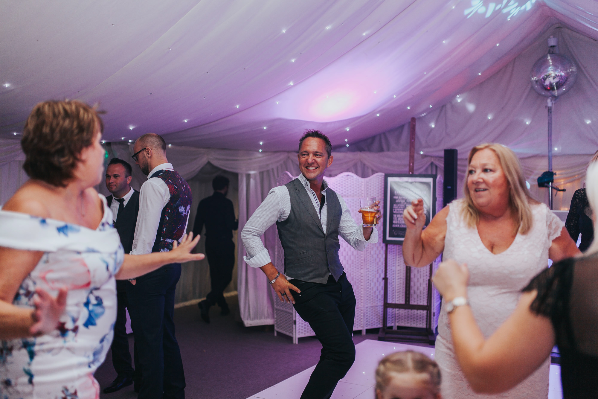 Sian Stephen Hayne House Kent Wedding Photographer 256