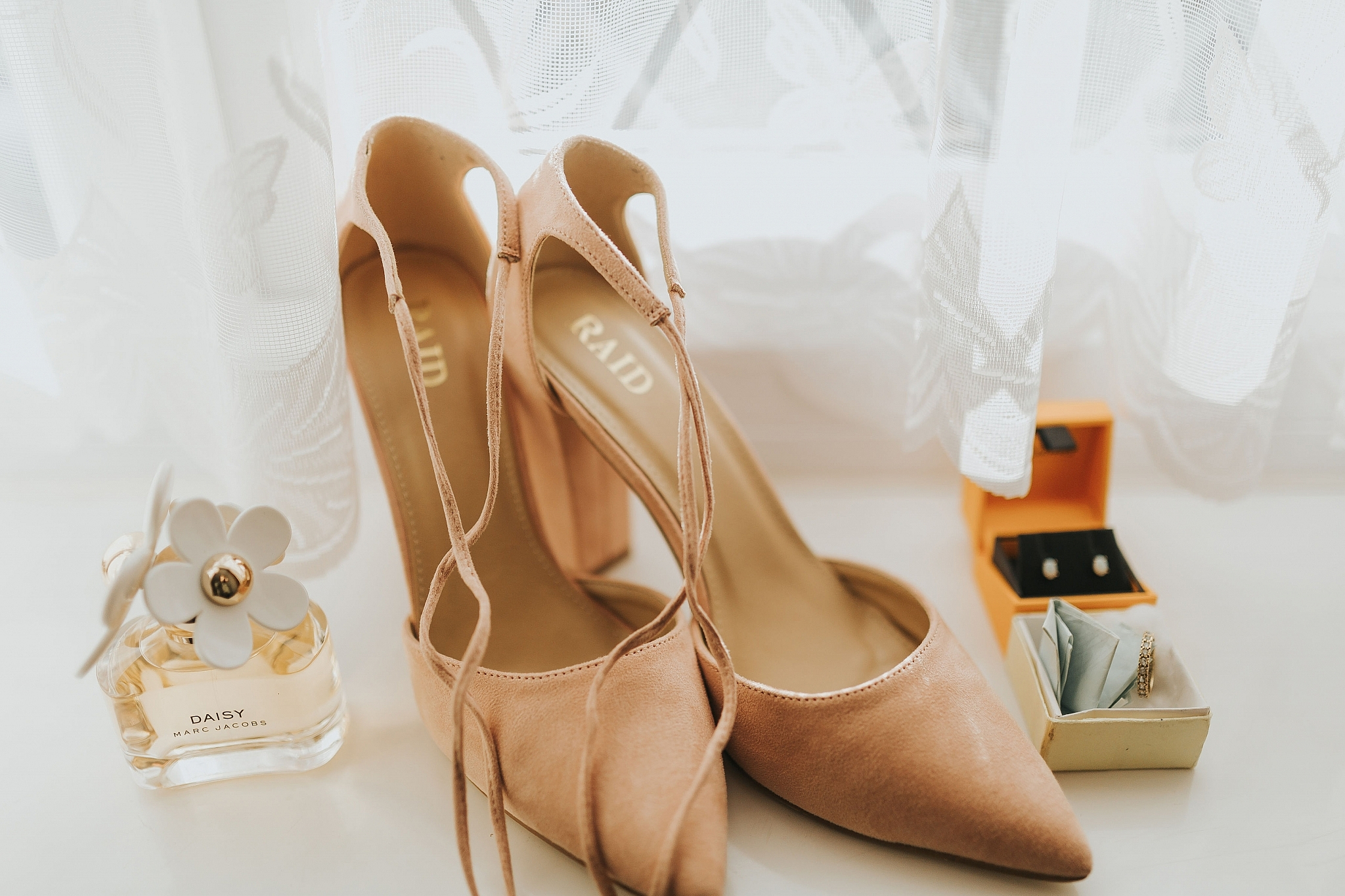 blush pink wedding shoes autum wedding perfume