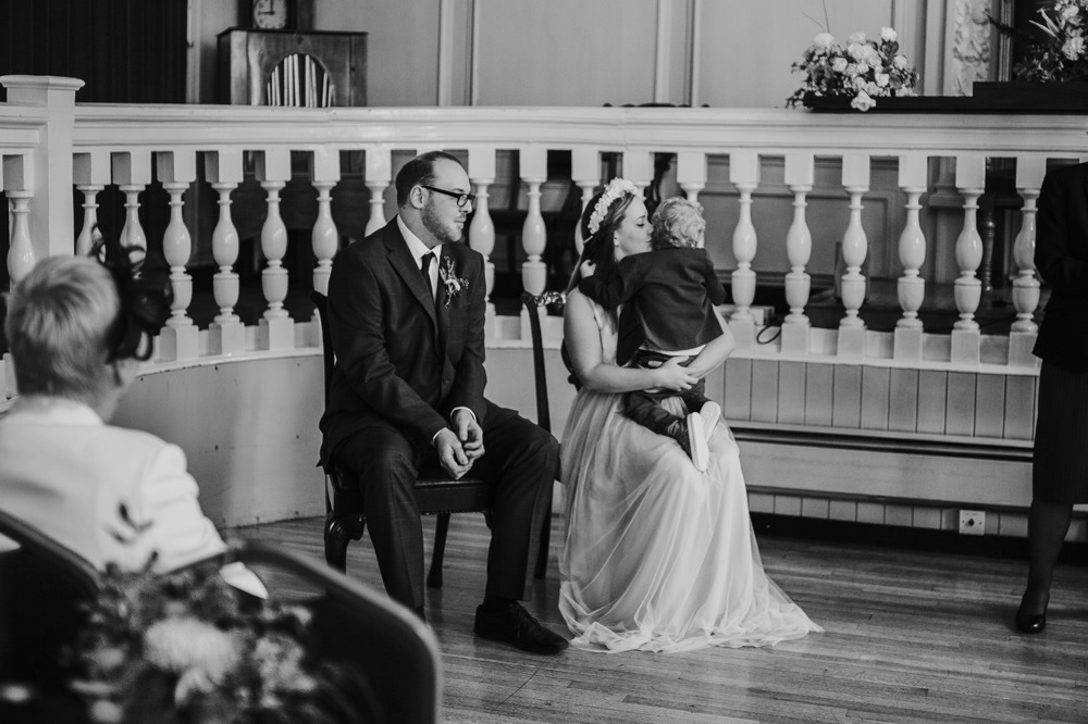 Alex & Michael: Guildhall Museum, Rochester & The BarnYard, Upchurch Wedding Photography 18
